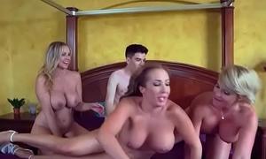(Julia Ann &amp_ Phoenix Marie &amp_ Richelle Ryan) Hot Pornstar Girl Honour Big Mamba Cock In Will not hear of cli