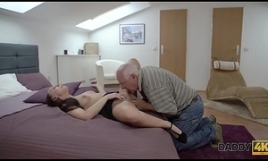 DADDY4K. Young honey well permeated by skillful abb' in assembly room