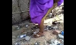 Desi gf aunty take a piss capture